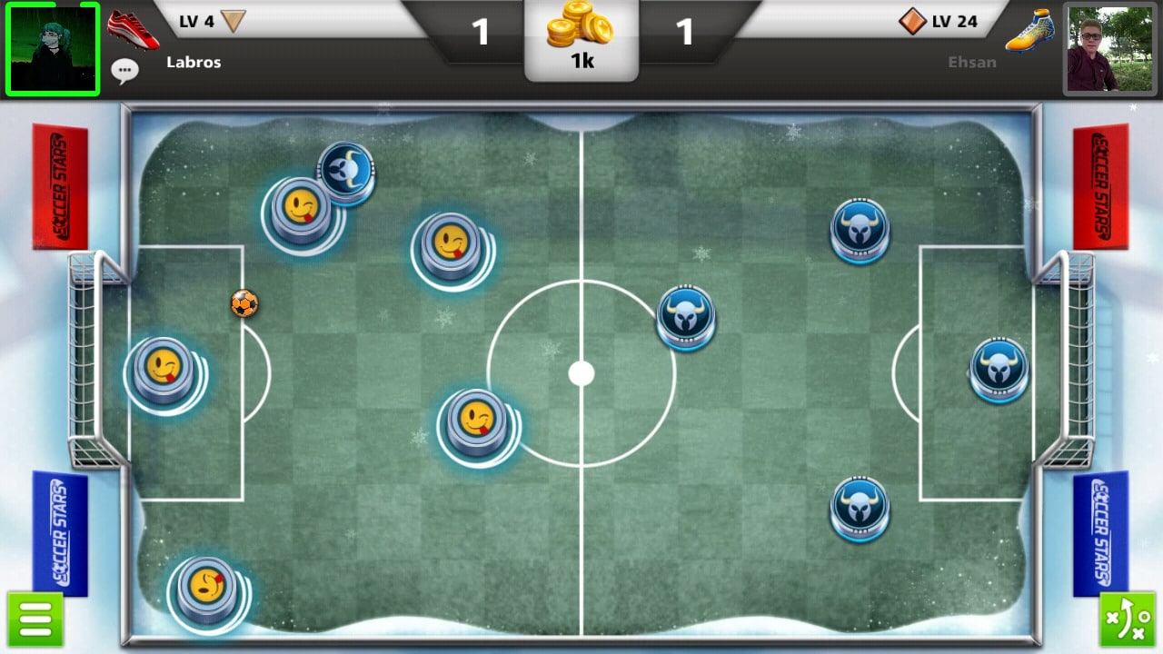 The 10 Best Free Football Games for iOS & Android Phones in